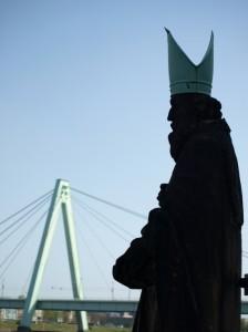 Etwas andere Perspektive auf die Severinsbrücke